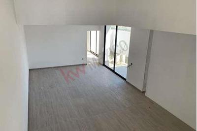 Renta De Casa En Fraccionamiento Villandares $28,000.00 Mnx