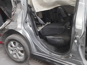 Nissan Tiida 1.8 Tekna 5 P 2012