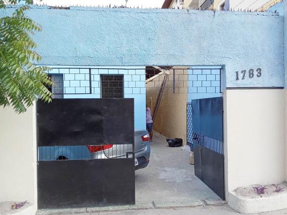 Aluguel Casa 3 Quartos, Em Frente Posto Shell