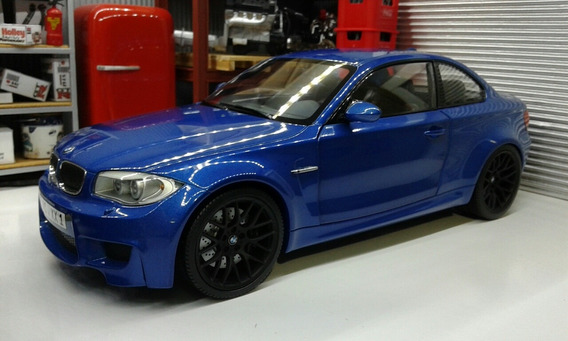 Bmw 1m Coupe Minichamps 1/18