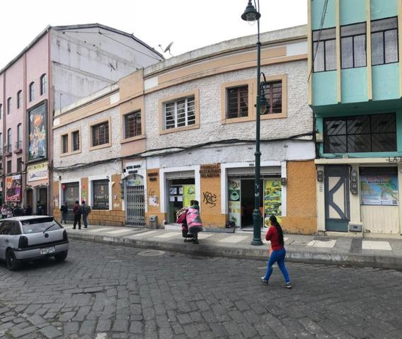 Estratégico Terreno Con Casa Comercial En Centro De Riobamba