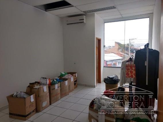 Sala - Centro - Ref: 10943 - L-10943