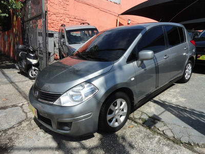 Nissan Tiida 1.8 S Flex Aut. 5p