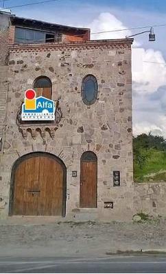 Casa Con Local Comercial En Venta, San Miguel De Allende (guanajuato)