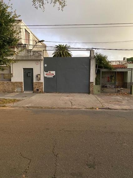 Local O Deposito Próximo Bulevar Y San Martín
