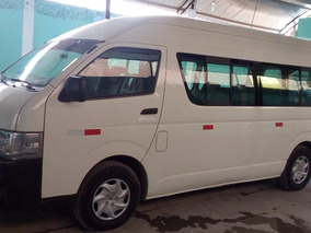 Ocasion Toyota Hiace Commuter High Roof 2013 Color Blanco