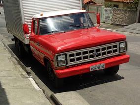 Caminhão Ford F4000 Bau