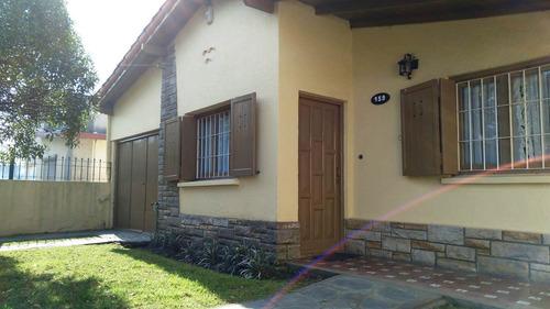 Imagen 1 de 14 de Vende Casa 3 Ambientes A 2 Cuadras Del Mar - Barrio Alfar