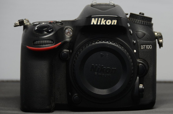 Nikon D7100 + 18-55 Vr 180k Cliques