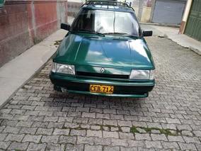 Renault R9 1995 Verde