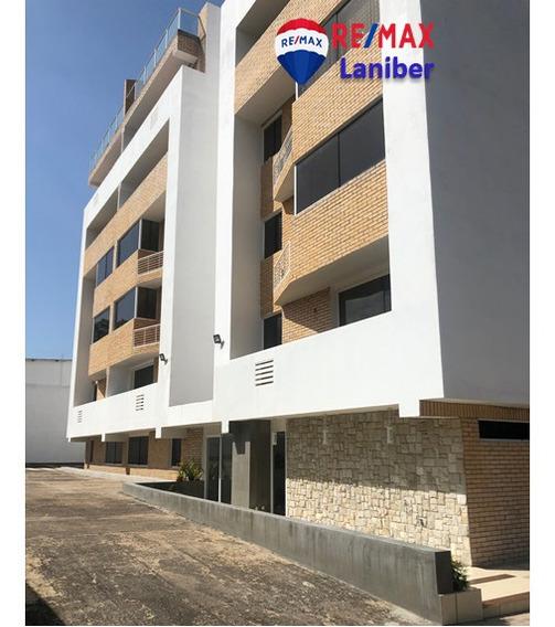 Apartamento Conj. Resd. Dk0202 Avenida Monseñor De Zabaleta.