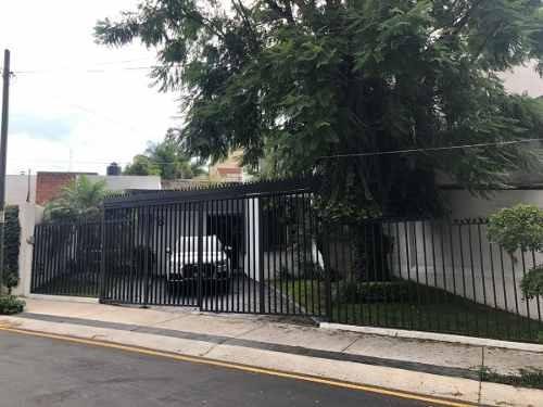 Villa Universitaria Casa En Renta