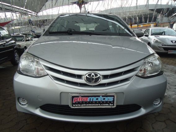 Etios Hatch 1.5 16v 4p Flex Xs 2014