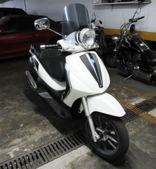 Scooter Piaggio Beverly 300 Estado De Nova