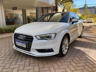 Audi A3 2.0 Sedan Ambition 16v Gasolina 4p S-tronic