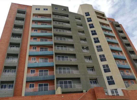 Vanessa Giudice Vende Apartamento En Mañongo