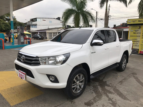 Toyota Hilux 2.4 Mt 4x4 Diésel 2017