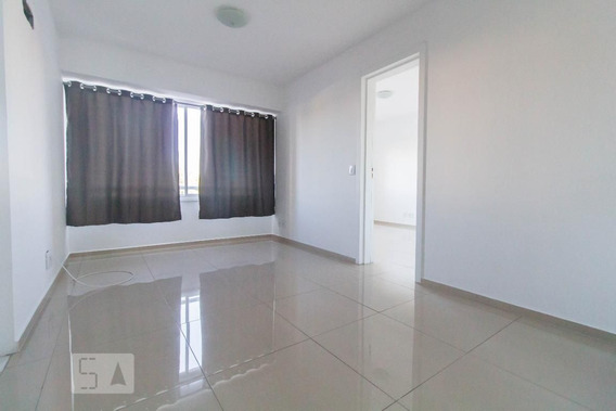 Apartamento No 4º Andar Com 1 Dormitório E 1 Garagem - Id: 892987938 - 287938