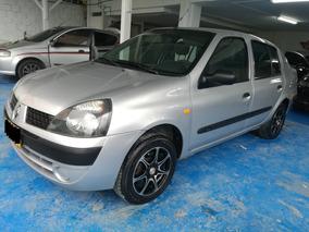 Renault Symbol Authentique 2004 Color Gris.