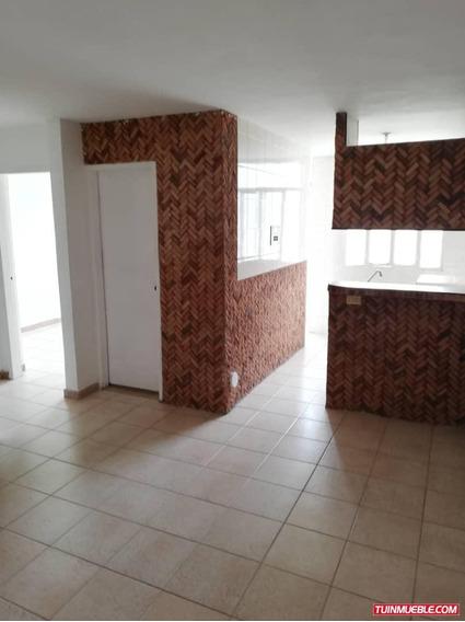 Apartamentos En Venta, Madre Maria/jony Garcia 04125611586