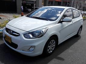 Hyundai I25 - 2013