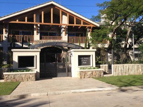 Apartamento En Alquiler Y Venta De 3 Dormitorios En Carrasco