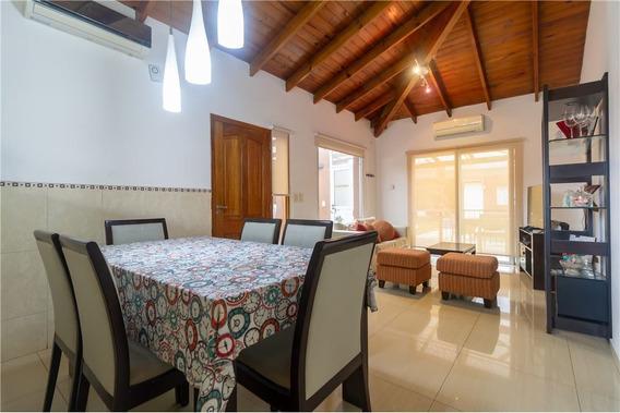 Venta Hermosa Casa 1 Planta Quincho Y Pileta