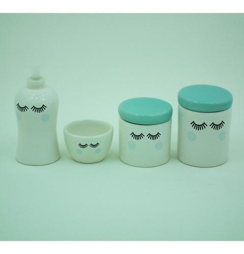 Imagem 1 de 3 de Kit Higiene Para Bebe 4 Peças Cílios Tampa Azul Antigo