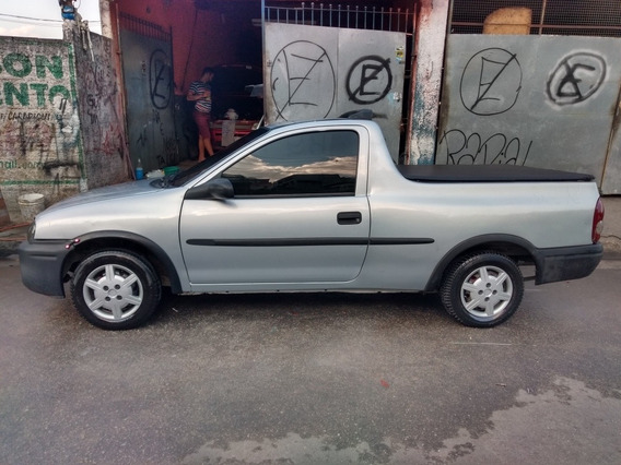 Chevrolet Corsa Pick-up 1.6 St 2p 2001