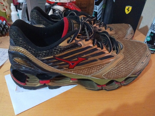 Mizuno Wave Prophecy 5, Edition Limited Golden!!!