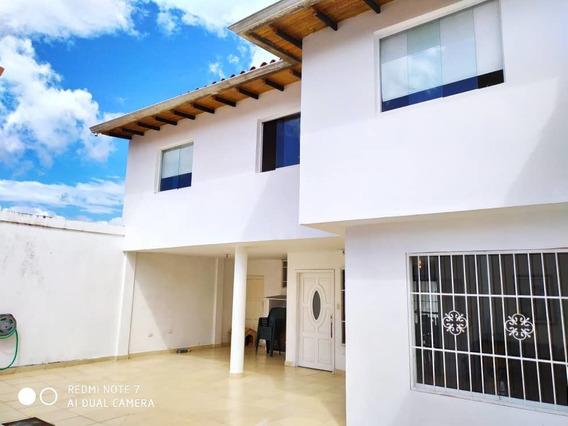 Casa En Urb La Pradera Tucape