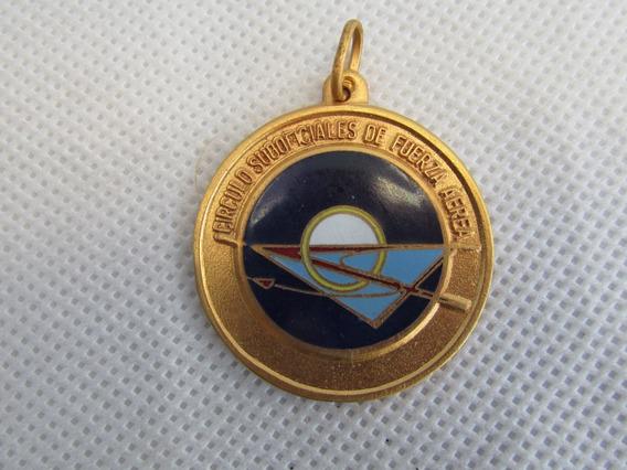 Antigua Medalla En Reconocimiento Malvinas 1982 Guerra #l