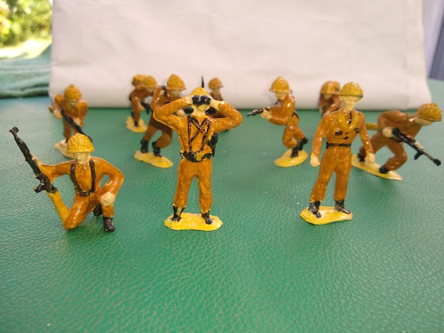 Lote De 10 Soldados Plastico Pimtados Ingleses Desierto 53mm