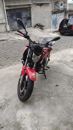 Imagem 1 de 5 de Honda  Cb Twuste  250cc