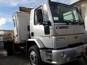 Ford Cargo 1317 2004 R$79.999,00