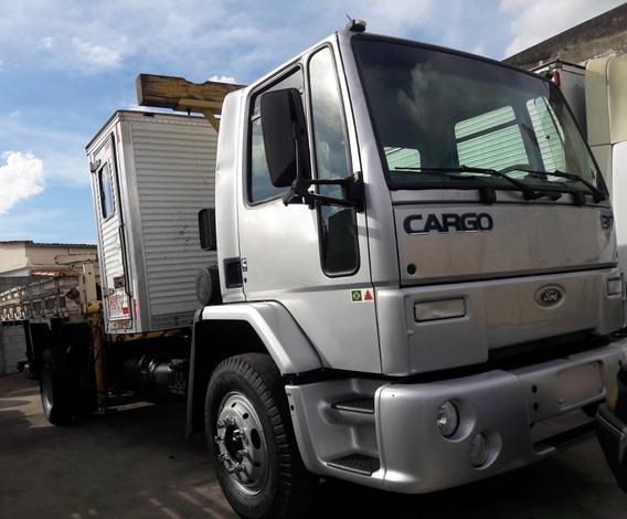 Ford Cargo 1317 2004 Com Munck E Casinha R$79.999,00