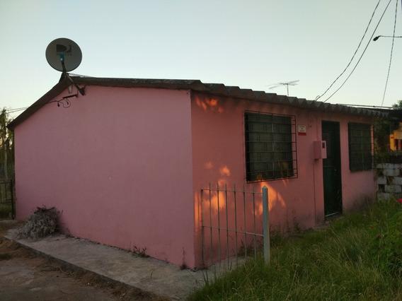 Casa 2 Dormitorios Ciudad De Canelones