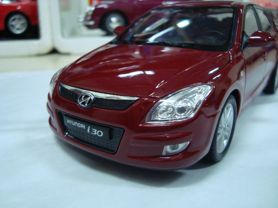 Miniatura Hyundai I30 1/24 Welly Vinho #7965
