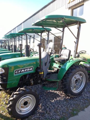 Imagen 1 de 8 de Tractor 4x4 Viñatero Chery  Tipo J Deere 60 Hp