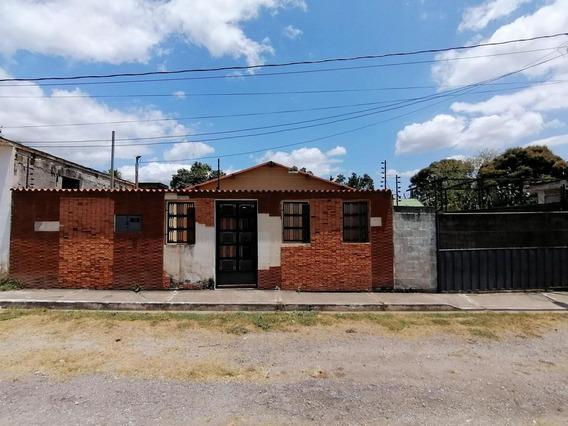 Casa En Venta En San Felipe Yaracuy #20-11926
