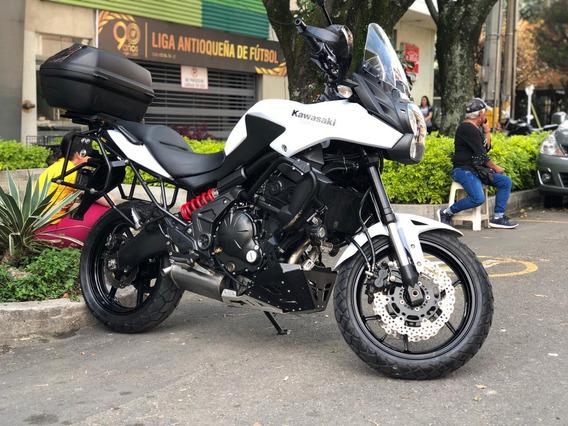Kawasaki Versys 650 Blanca