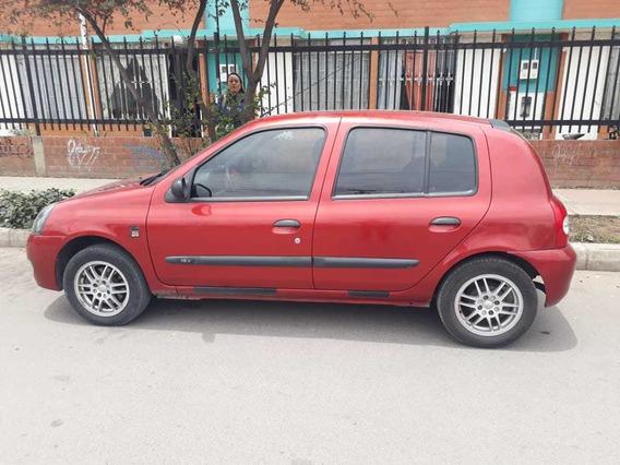 Se Vende Vehiculo Renault Clio