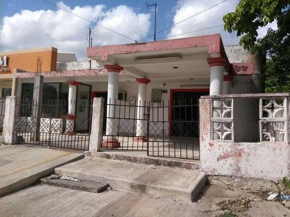 Se Vende Casa Antigua Sobre Avenida Céntrica