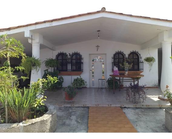 Casa Urb Corinsa Cagua 04141291645