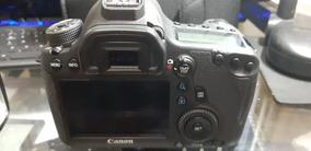 Câmera Canon 6d+2 Baterias (grip De Brinde) 12k Clicks-usada