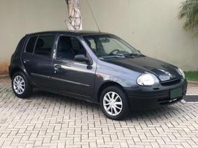 Renault - Clio Hatch 1.0 Rl 8v Gasolina 2003
