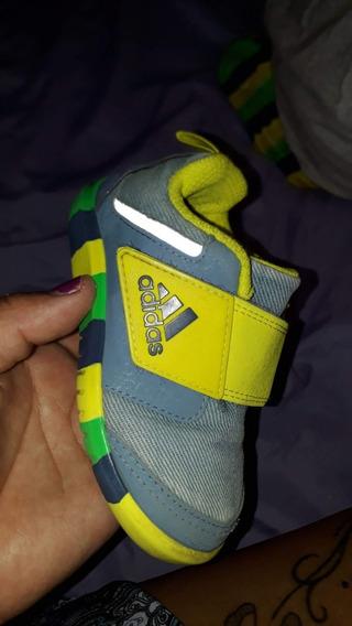 Zapatillas adidas Talle 21 De Nene Sin Plantillas