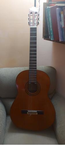 Guitarra Yamaha G-225