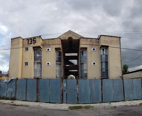 Imagen 1 de 12 de Venta De Departamento Cerca De Av. Nacional Y Las Torres