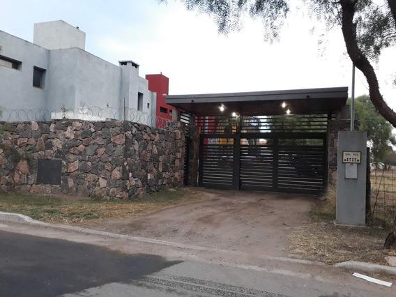 Housing A Estrenar!!!! Casa De Dos Dormitorios!!!